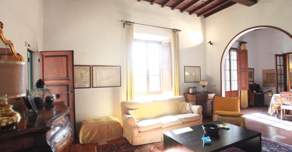 acacia_interior_living