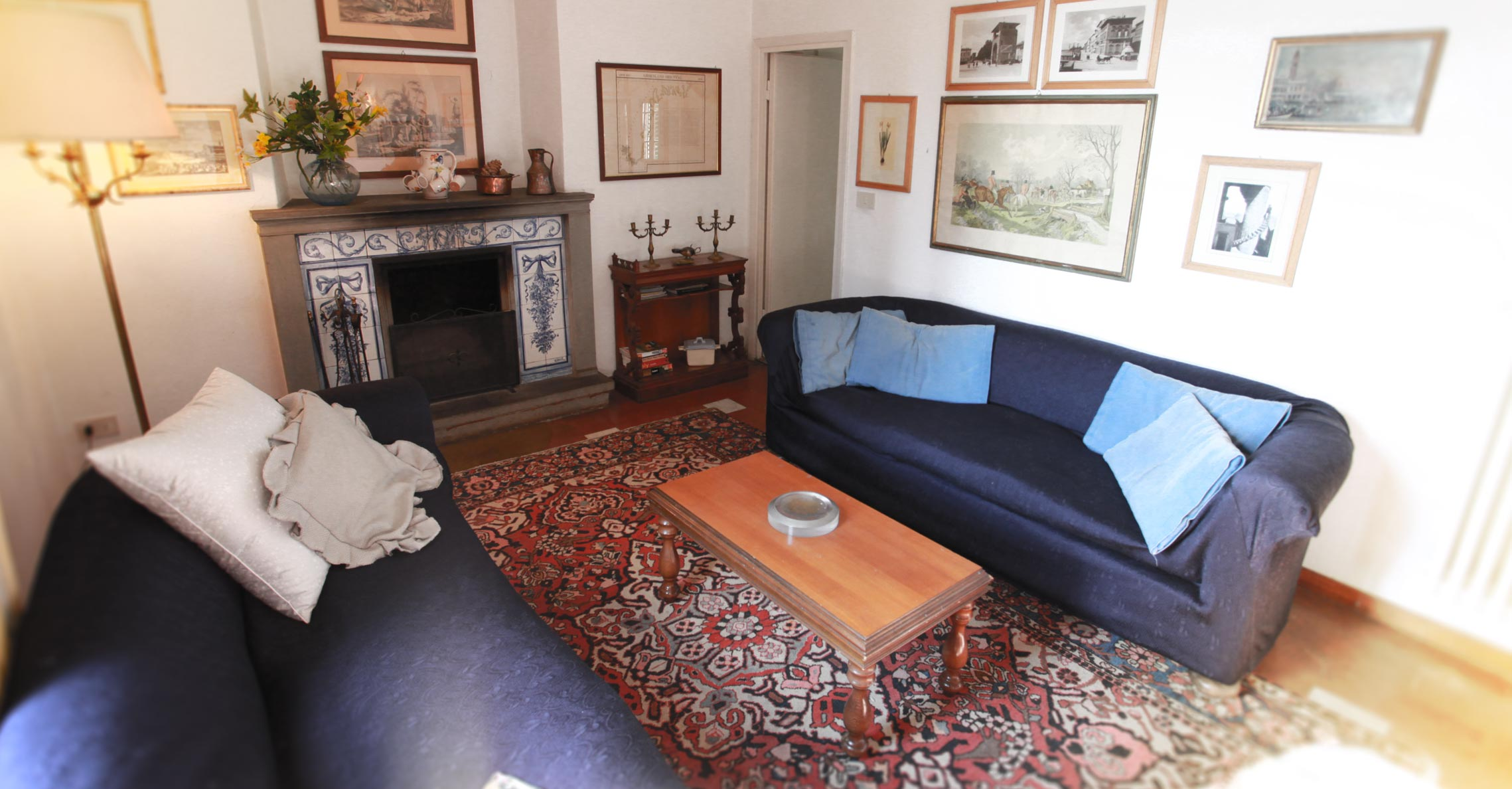 acacia_interior_fireplace